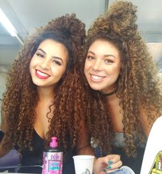 How To Grow Natural Hair, Long Natural Hair, Long Curly Hair, Curly Girl, Cute Curly Hairstyles, Curly Hair Styles, Natural Hair Styles, Crimped Hair, Blonde Curls