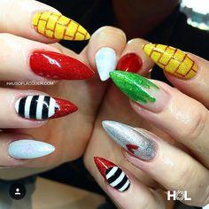 Zauberer von Oz-Nägeln - Wizard of Oz - Nail Art Ideas Pretty Nails, Fun Nails, Halloween Nails, Halloween Makeup, Halloween Ideas, Halloween Costumes, Cool Nail Designs, Cool Nail Art, Mani Pedi