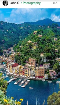 Portofino, Italia - Funny Tutorial and Ideas Italy Places To Visit, Beautiful Places To Visit, Places To See, Places Around The World, Travel Around The World, Around The Worlds, Places To Travel, Travel Destinations, Holiday Destinations