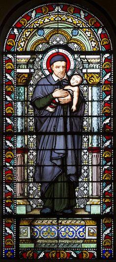 File:Église Saint-Denis-de-la-Croix-Rousse de Lyon - Vitrail Saint-Vincent.jpg