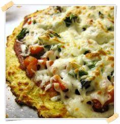 Ricetta della pizza di cavolfiore (senza glutine) - http://www.lamiadietadukan.com/ricetta-dukan-pizza-di-cavolfiore/ #dukan #dietadukan #ricette