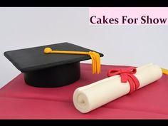 To make these Graduation cake toppers I used:- Modelling paste Sugar paste Sugar glue FMM ribbon cutter. Graduation Cake Toppers, Graduation Cupcakes, Graduation Diy, Images Of Graduation Cakes, Cake Topper Tutorial, Fondant Tutorial, Cap Cake, First Communion Cakes, Fondant Decorations