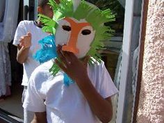Crafting animal paper plate masks is an ideal group project for young children to interact together and have fun making them. Lion King Crafts, Lion Craft, Paper Plate Masks, Lion Mask, Vbs Crafts, Vacation Bible School, Craft Activities For Kids, Animal Crafts, Summer Kids