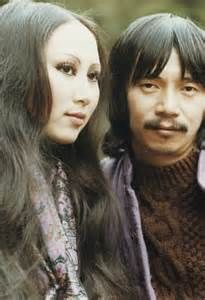 Le Uyen va Phuong:  Popular Singing Duo in Saigon Prior to 1975