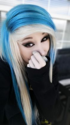shes sooo cute,