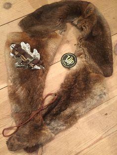 Vintage fur collar with VJR JEWELS brooch