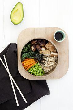 macro sushi bowl