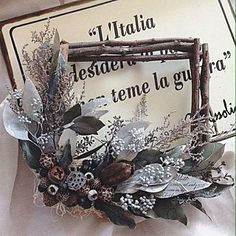 Dried Flower Wreaths, Dried Flowers, Branch Art, Wedding Decorations, Christmas Decorations, Dried Flower Arrangements, How To Preserve Flowers, Flower Frame, Box Frames