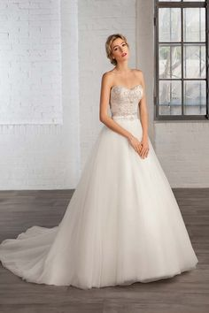 Win a Wedding Dress from the Cosmobella 2016 Collection