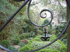 Savannah Garden by Cortney @ Dog, Farm, Canvas, Quilt, via Flickr