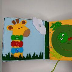 Diy Quiet Books, Baby Quiet Book, Felt Quiet Books, Creative Activities For Kids, Toddler Learning Activities, Book Activities, Toddler Books, Toddler Gifts, Quilt Book