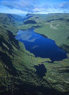Aerial Photograph of Gros Morne, Newfoundland Island, Canada Newfoundland And Labrador, Newfoundland Canada, Alaska, Cool Landscapes, Beautiful Landscapes, Nova Scotia, Quebec, Cool Places To Visit, Nature