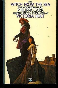 The Witch from the Sea: Amazon.co.uk: Philippa Carr, Victoria Holt, Jean Plaidy, Eleanor Hibbert: 9780449207673: Books