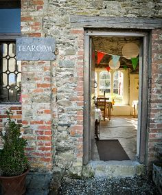 CLONEGAL :  Tearoom at Huntington Castle. Clonegal, County Carlow, Ireland.