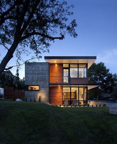 pin more images of this house and many others at http://www.designhunter.net/modern-family-home-boulder/ #architecture #sustainable
