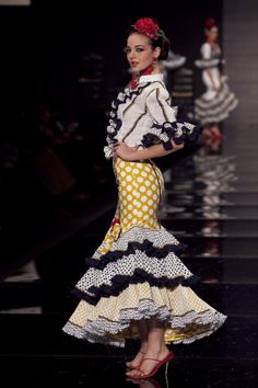 Love the blouse! love the skirt! Love it. Wappíssima - Simof 2010 - Pitusa Gasul - Colección