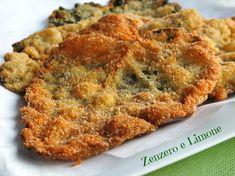 Questa salvia fritta preparata con grandi foglie di salvia Sclarea è un contorno golosissimo e sfizioso di una semplicità assoluta che piacerà a tutti