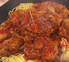Slow cooker chicken with spaghetti.Really easy and delicious chicken breasts recipe.Cook in slow cooker and save time.