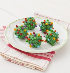 Keep little hands busy making treats inspired by a Christmas decorating mishap: Tangled Balls of Lights!
