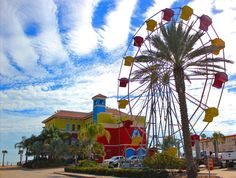 What's new on the Texas coast for spring break 2015 -- including this cool ferris wheel in Corpus Christi.