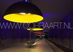 Tight, modern, colorful or black and white. Cobra collectioned many different cities and urban settings. How cool to finish of your office space with a piece like these. Check more collection at www.cobraart.nl plexi poster acryl plexiglas kunst schilderijen art fotografie photography galerij gallery foto poster