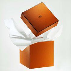 e86727cc14b El envoltorio más caro del mundo  así es el  packaging  de las marcas de  lujo. HermesMarca ...