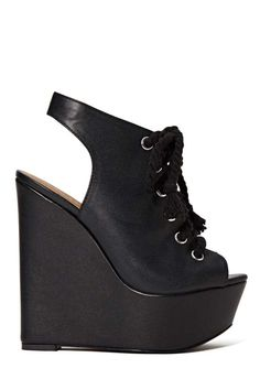 l o v e    i s    u n c o n d i t i o n a l  #brandcrush #yru #zooji #fashion #trendy #fallfashion #shoes #love #footwear #cute #style #edgy #platforms  Chic.St Approved <3