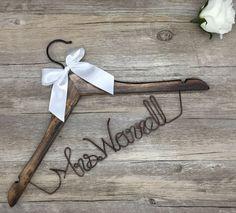 Verkauf Hochzeit Kleiderbügel personalisierte von Blackteawhitetea