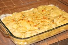 The German Potato gratin can be served as a side or a main dish together with lettuce. Vary the cheese as you like; I used Swiss cheese and Pepper Jack.