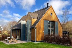 Air B And B, Cottage Homes, Beach Cottages, Weekend Trips, Netherlands, Tiny House, The Good Place, Home And Family, Shed