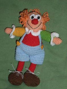 Crochet Clown  Gehäkelter Clown  Anleitung auf Deutsch: http://de.dawanda.com/product/26625941-Haekelanleitung-Clown-Piccolo