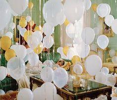 balloons! fun idea for a party  #celebratecolorfully