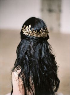 Vintage Wedding Hair gold leaf hair piece - The new Wild Rose Hair Accessories Northern Floral collection Shot on location at Stora Holm Säteri. Fancy Hairstyles, Wedding Hairstyles, Asian Hairstyles, Hairstyle Ideas, Curly Haircuts, Goddess Hairstyles, Makeup Hairstyle, Gold Hair Accessories, Bridal Accessories