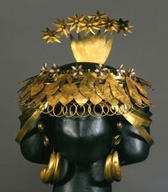 Headdress of Queen Puabi at Ur - Iraq's Ancient Past: Rediscovering Ur's Royal Cemetery, Penn Museum