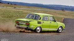 Vhml / Škoda 110LS < stovky < auta < skoda-virt.cz/ Old Cars, Vintage Cars, Hot Rods, Classic Cars, Motorcycles, Magic, Retro, Vintage Classic Cars, Retro Illustration