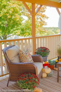 Autumn decorating on our porch with mums, gourds & pumpkins. {Home Décor Fall Design Orange Red Brown Ideas Porch} Outdoor Rooms, Outdoor Living, Outdoor Furniture Sets, Outdoor Decor, Porch Furniture, Outdoor Lounge, Autumn Decorating, Porch Decorating, Decorating Ideas
