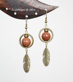 Boucles d'oreille perles goldstone et plumes couleur bronze