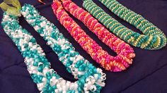 DIY Ribbon Leis for Grad. Includes details on how much time each one takes and how much ribbon to buy!
