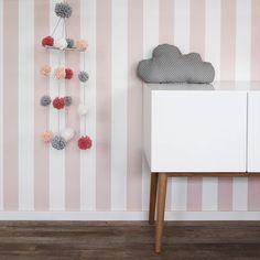 Baby Bedroom, Kids Bedroom, My Room, Girl Room, Baby Yellow, Diy Home Crafts, Painted Doors, Toque, Diy Wall