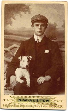 A young man and his Jack Russell Terrier Smooth Fox Terriers, Rat Terriers, Terrier Dogs, Photos With Dog, Parson Russell Terrier, Jack Russell Dogs, Me And My Dog, Vintage Dog, Vintage Style