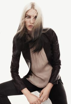 Pale blonde hair with the ends dip dyed in black