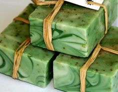 Green on green swirl - pretty! For Sherry! Savon Soap, Green Soap, Soap Bubbles, Soap Packaging, Cold Process Soap, Soap Recipes, Home Made Soap, Natural Cosmetics, Handmade Soaps