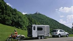 Mercedes-Benz Trailer Stability Assist combats the dreaded fishtailing: Trailer towing mad...