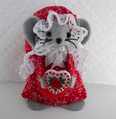 Valentine Candy Mouse-one of the felt handmade mice gift by Warmth