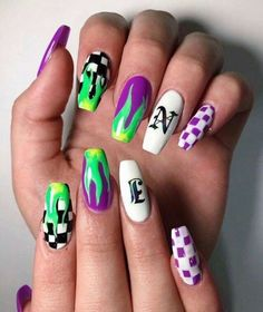 How to choose your fake nails? - My Nails Grunge Nails, Edgy Nails, Aycrlic Nails, Stylish Nails, Swag Nails, Hair And Nails, Summer Acrylic Nails, Best Acrylic Nails, Acrylic Nail Designs