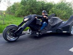This custom-built Batmobile trike motorcycle is just extraordinary [In Pictures]