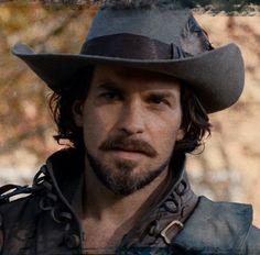 Musketeers BBC Aramis. Santiago Cabrerra