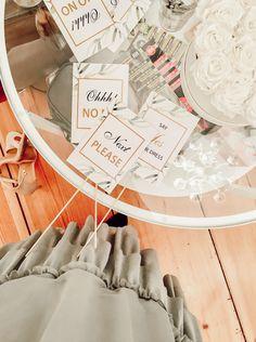 Say Yes to the Dress Schilder für die Brautkleidsuche bei Fräulein Weiß in Berlin - dem Vintage & 2nd Hand Brautmodegeschäft #sayyestothedress #bridalsquad