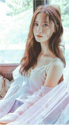 More of Yoona cut high 2016 Im Yoona, Seohyun, Girls Generation, Sexy Asian Girls, Beautiful Asian Girls, Asian Beauty, Korean Beauty, Idole, Girl Bands
