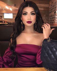 Dieser Look ? Alina G p.s Lip colour … - Prom Makeup Looks Makeup Goals, Makeup Inspo, Makeup Inspiration, Makeup Ideas, Makeup Tutorials, Prom Makeup, Wedding Makeup, Beauty Make-up, Hair Beauty